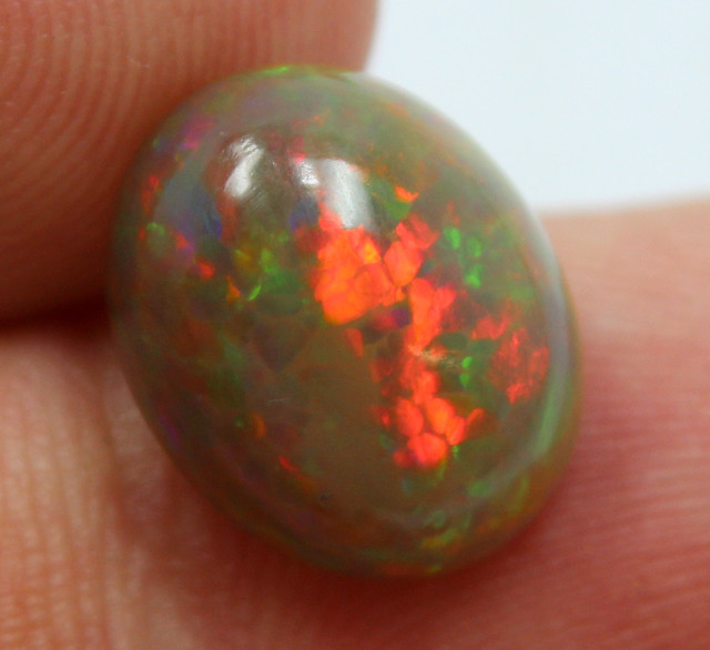 4.50 CTS ETHIOPIAN OPAL RED FIRE STONE DOUBLE SIDED OPAL A9662