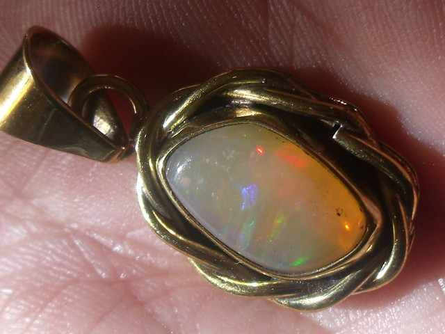 Welo Opal Gem & Gold Plated Brass Pendant P067