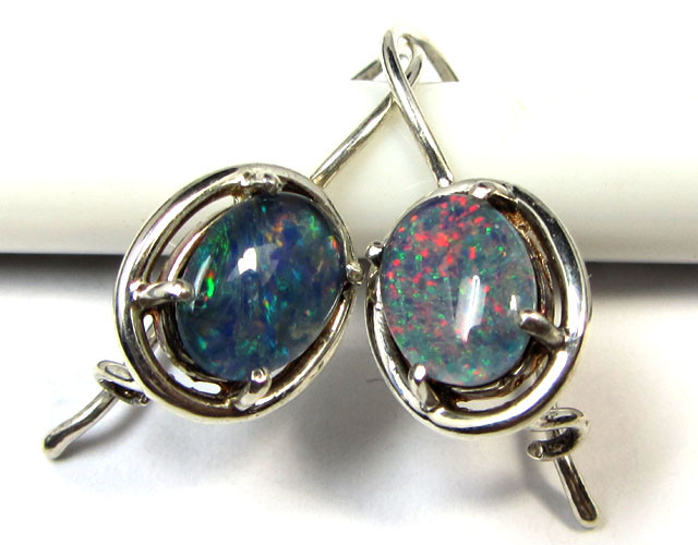 BRIGHT TRIPLET OPAL SILVER SHEPPARD HOOK EARRINGS  CK 1690
