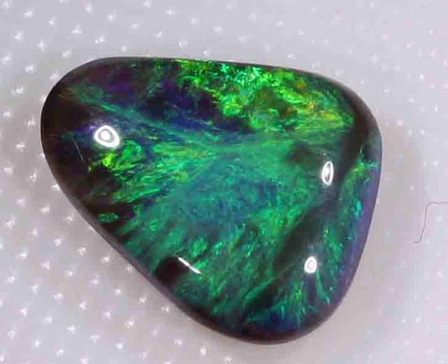 1.945 CT BRIGHT BLACK OPAL FROM LR -