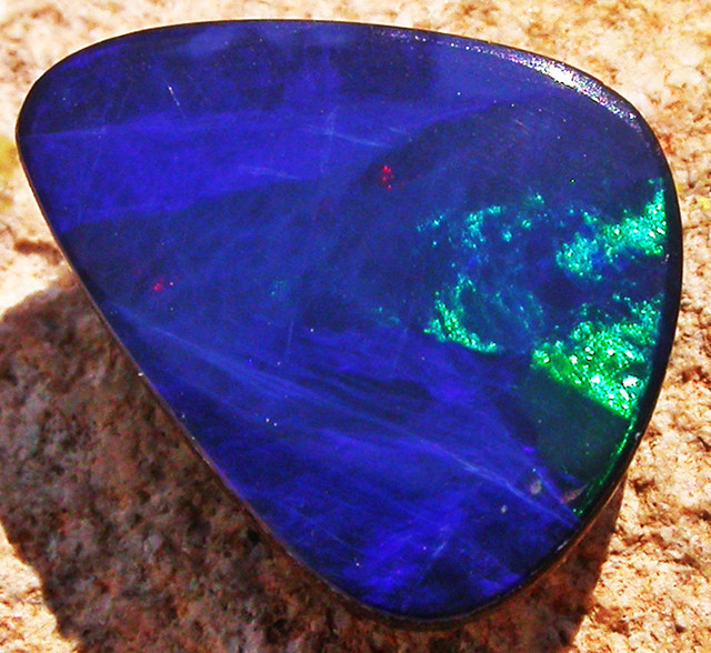 2.59 CTS  BLUE DOUBLET WITH NEON GREEN FLASH [MS4970]