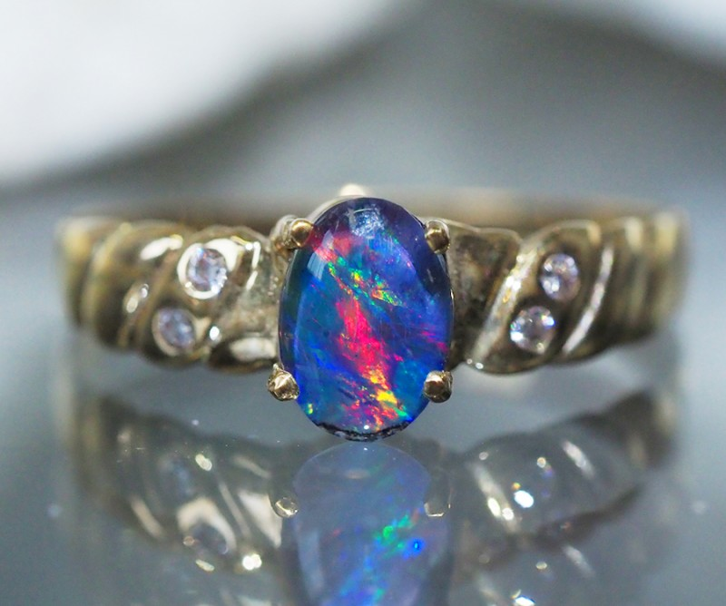 FIRE  OPAL14 K   GOLD RING SIZE 6.5  CF 166