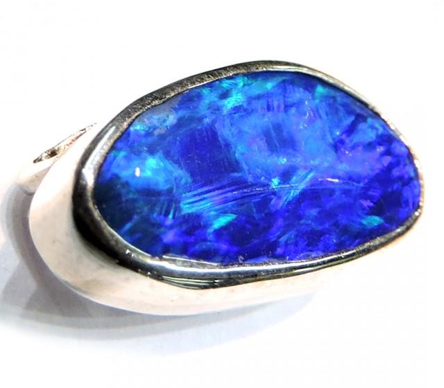 ELECTRIC BLUE DOUBLET OPAL PENDANT 18K WHITE GOLD SCO771