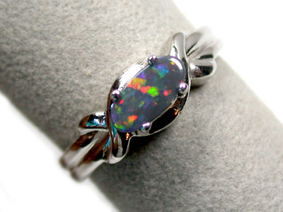 BLACK OPAL 18K WHITE GOLD RING SIZE 6.5 SCO843