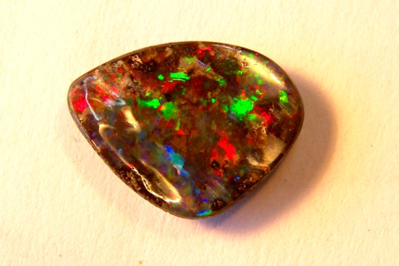 *Carved & polished just 4 U*BOULDER OPAL 5.40ct   p3-023cr