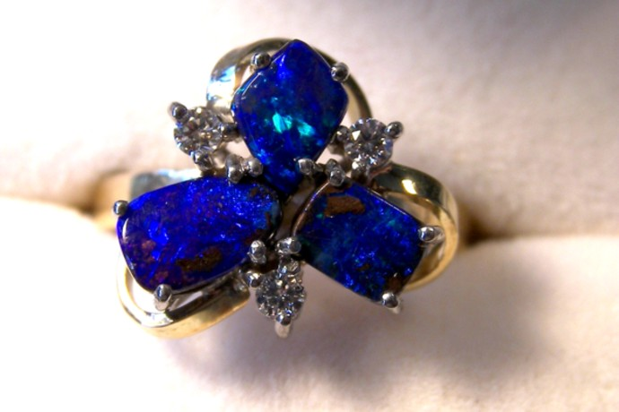 18ct HANDMADE RING with SOLID OPALS & DIAMONDS   p10-077cr