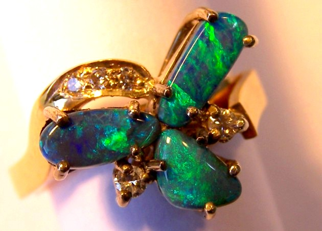 18ct HANDMADE RING with SOLID OPALS & DIAMONDS   p10-047cr