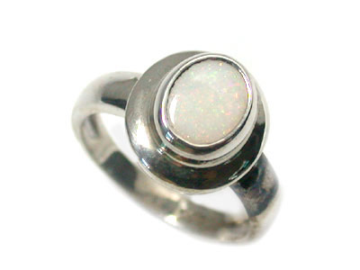 CRYSTAL OPAL STERLING SILVER RING SIZE6.5  SCO1003
