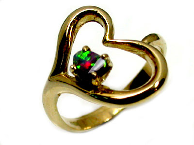 GEM BOULDER OPAL 18K  HEART GOLD  RING SIZE 5.5 SCO1214