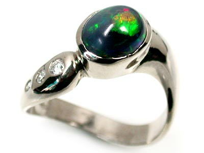 BLACK OPAL 18K WHITE GOLD RING SIZE 5.5 SCO1231