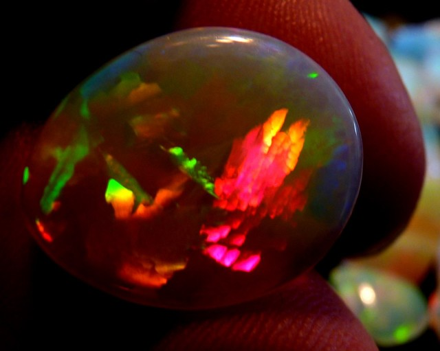 LARGE 8.3ct WELO CHAFF CRYSTAL THE BEST I'VE SEEN