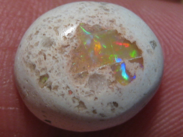 OpalWeb -South of the Boarder-Mexican Opal - 6.35Cts.