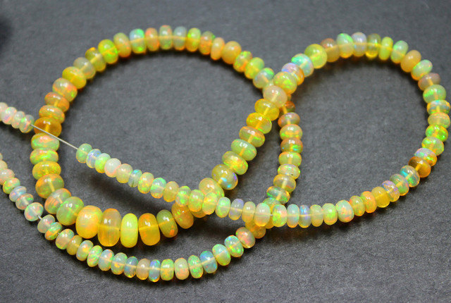 45 CTS ETHIOPIAN WELO 100% NATURAL OPALBEADS TOP COLORPLAY C316