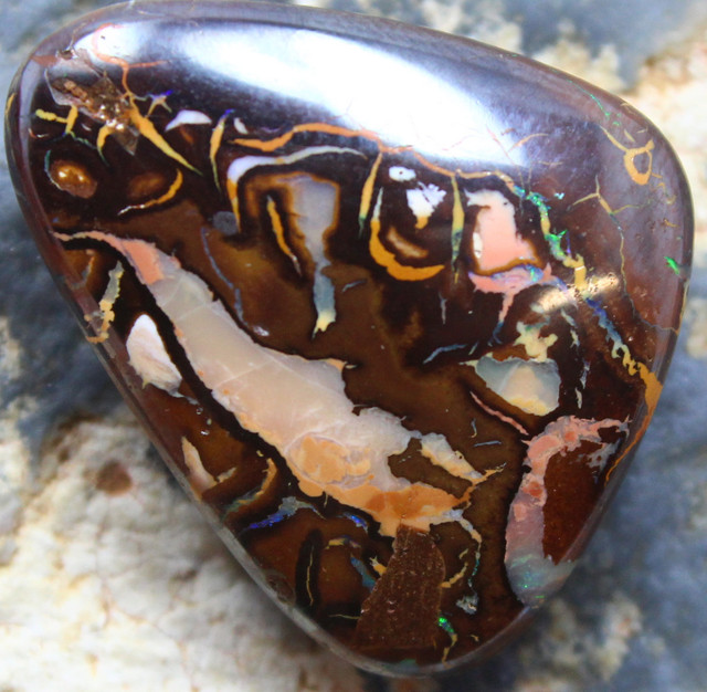 19.50 CTS YOWAH OPAL GORGEOUS NATURAL APPEALING STONE C708