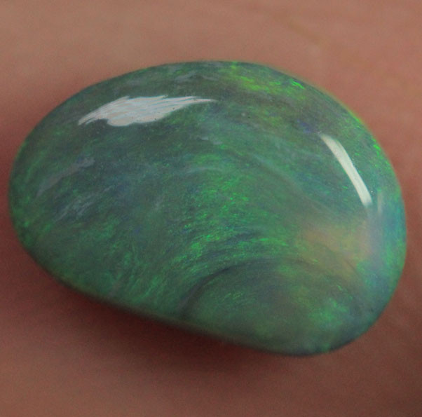 LIGHTNING RIDGE BLACK OPAL STONE 0.7CT