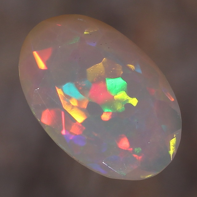 1.39ct. Faceted. Wonderful Confetti Pattern