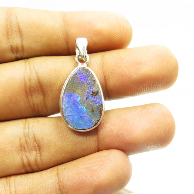 Pretty Australian Solid Opal Pendant Set in 925 Silver JM23