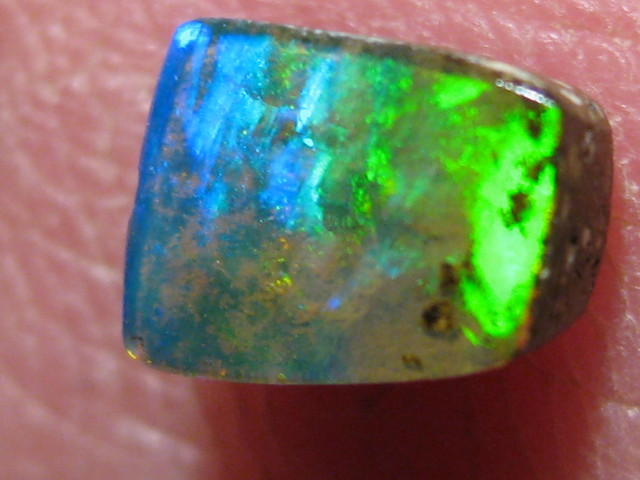 OpalWeb -GEM Boulder from the Opal Miner- 0.75Cts