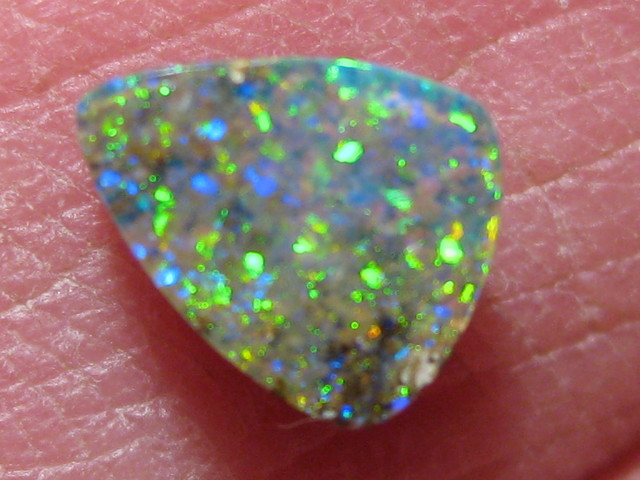OpalWeb -GEM Boulder from the Opal Miner- 0.80Cts