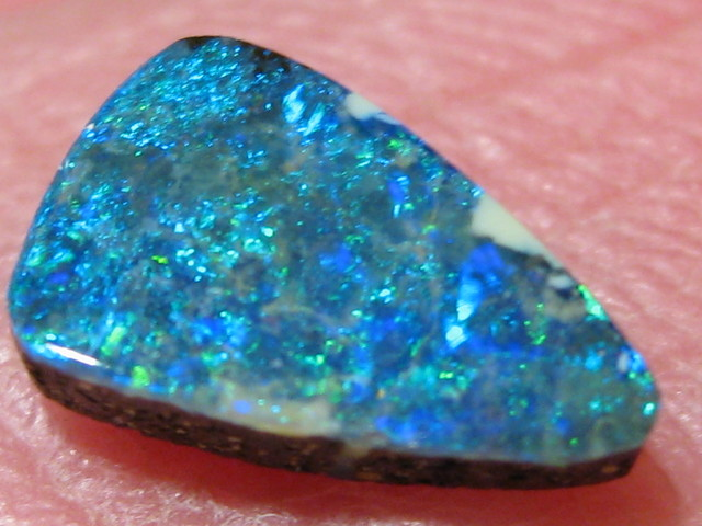 OpalWeb -GEM Boulder from the Opal Miner- 0.95Cts
