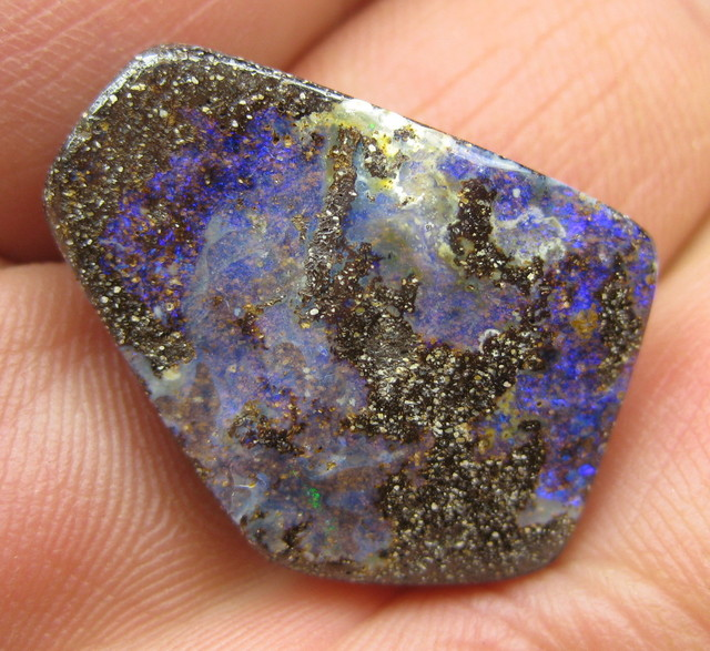 COLOURMINE OPALS>26.40.cts DRILLED LOVELY BOULDER OPAL
