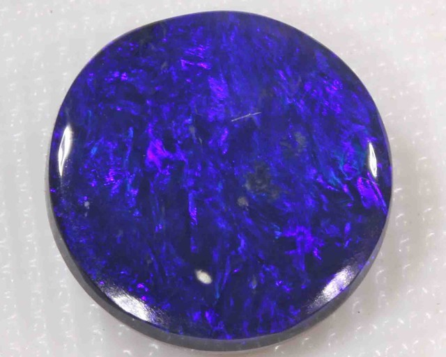 3.45 ct BLACK OPAL FROM LR -