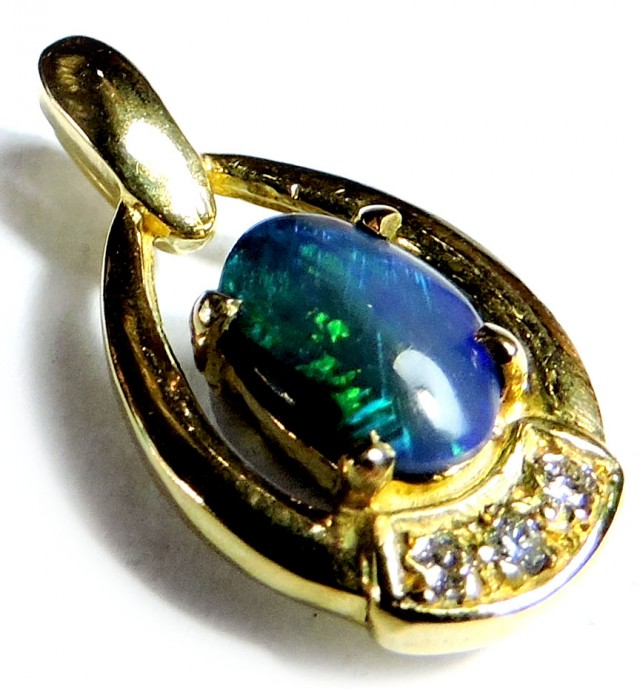 UNIQUE GREEN BLUE FUSION BLACK OPAL 18K GOLD PENDANT SCO1254