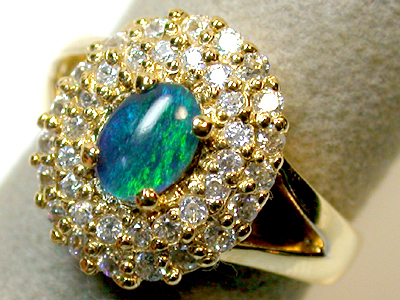 TRIPLET OPAL GOLD PLATED RING SIZE 8.5 SCO1303