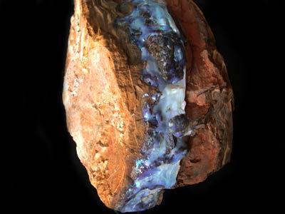 HUGE 30.50 KILOS BOULDER OPAL SPECIMEN OPAL.BLUE VEINS