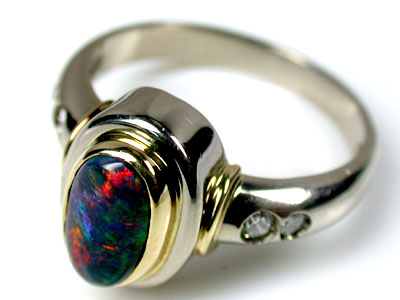 MULTI-COLOUR  BLACK OPAL TWO TONE 18K RING SIZE7  SCO 1396