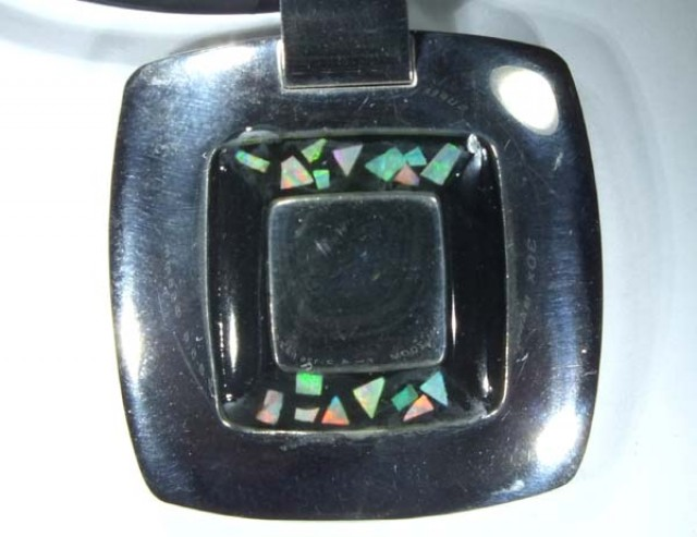 INLAY OPAL PENDANT STAINLESS STEEL 92.30  CTS   OF - 182