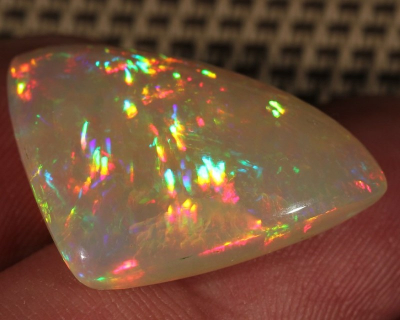 14.71CT COLLECTORS WELO RAINBOW PRISM OPAL 5/5 LAZER FIRE!