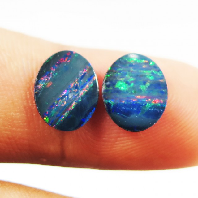 3.0ct Lovely Coober Pedy Opal Flashy Colours GO11