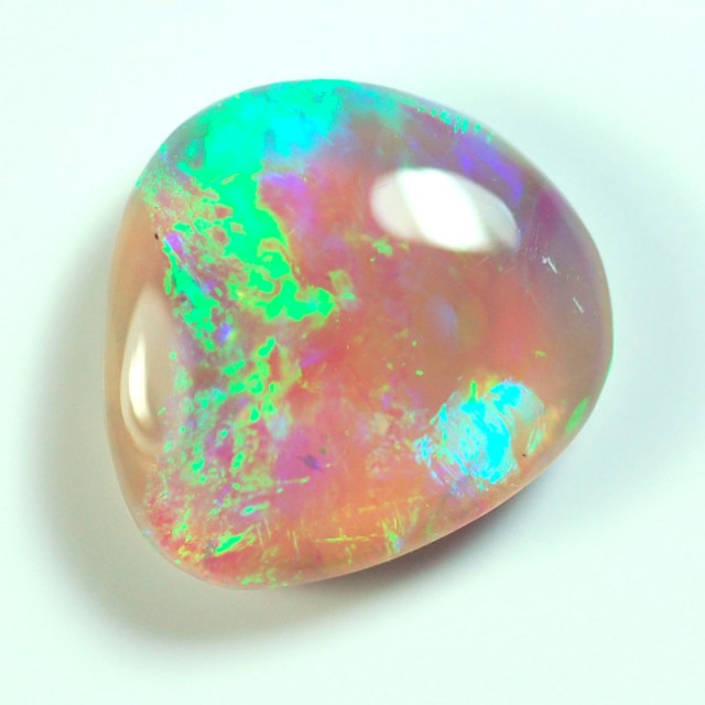 2.3ct Solid Lightning Ridge crystal opal