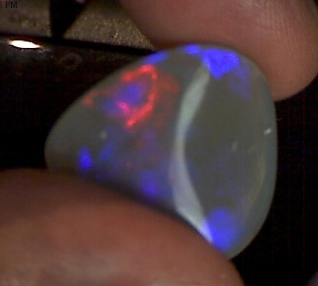 17ct Pretty Australian Crystal Opal - JM67
