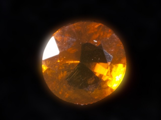 .4ct Dark Orange Faceted Mexican Jelly Opal (MO91)