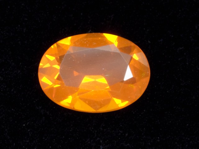 .7ct Orange Faceted Oval Mexican Jelly Opal (MO96)