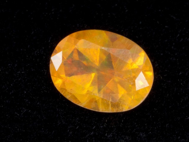 1ct Fiery Faceted Oval Mexican Jelly Opal (MO102)