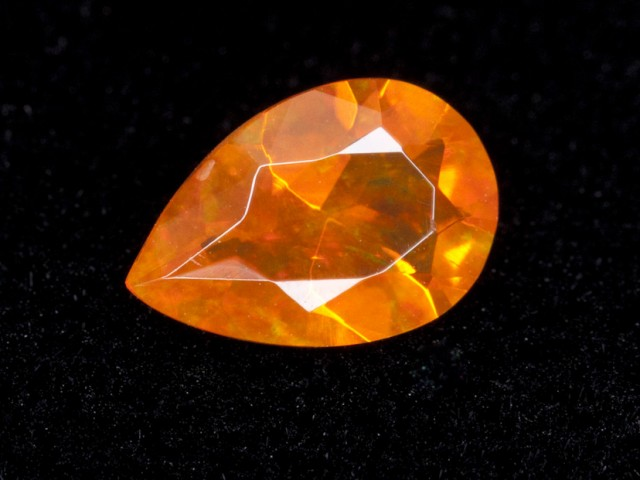 .7ct Orange Faceted Pear Mexican Jelly Opal (MO103)