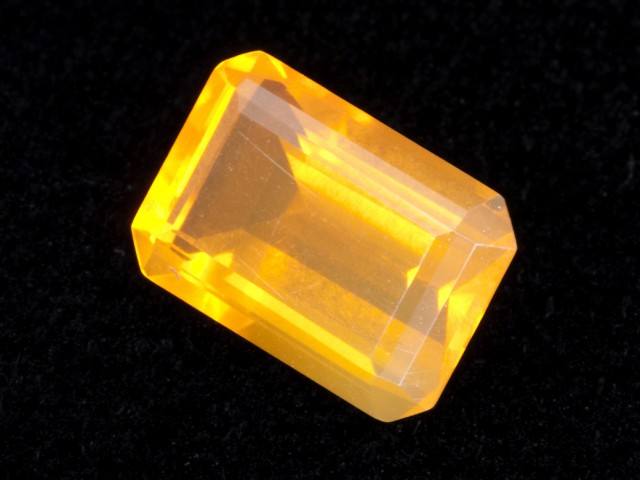 2ct Orange Faceted Rectangle Mexican Jelly Opal (MO109)