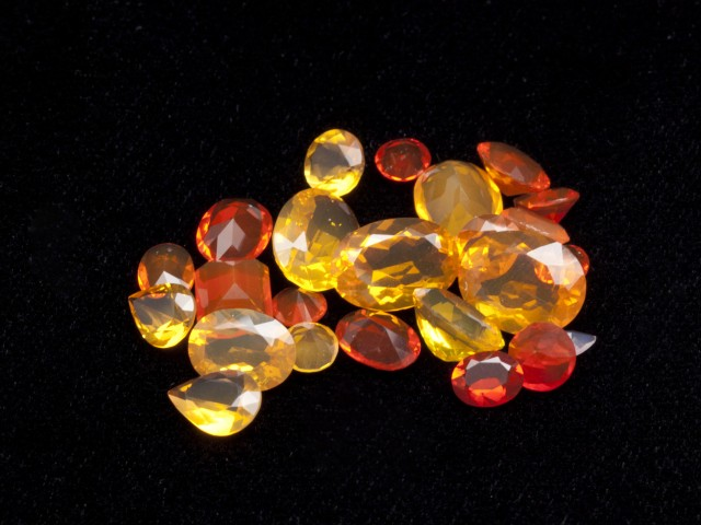 20ct Faceted Mexican Jelly Opal Parcel (MOL128)