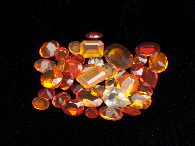 20ct Faceted Mexican Jelly Opal Parcel (MOL130)