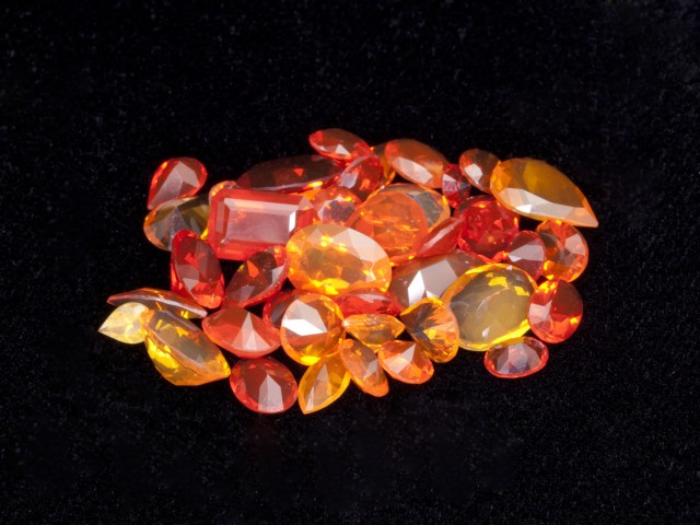 20ct Faceted Mexican Jelly Opal Parcel (MOL131)