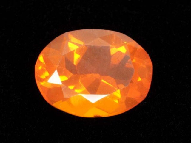 1.7ct Faceted Orange Oval Mexican Fire Opal (MO174)
