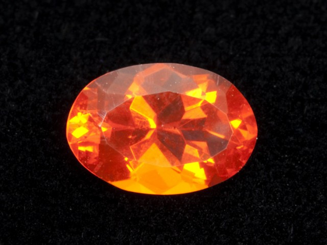 1.8ct Faceted Dark-Orange Oval Mexican Fire Opal (MO177)