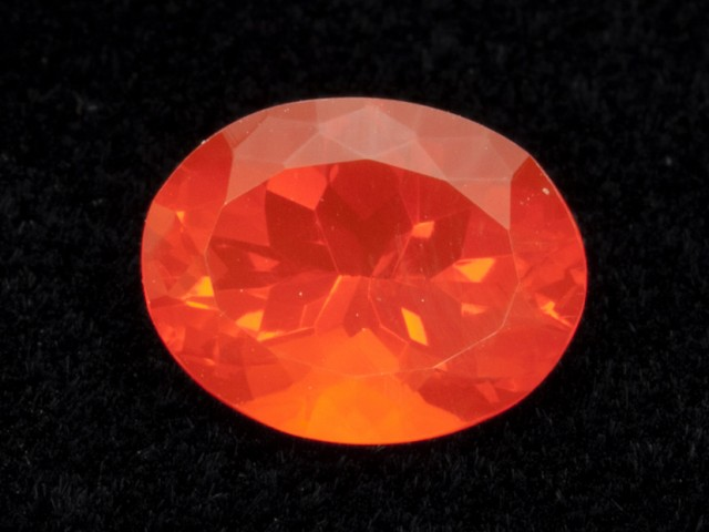 3.8ct Faceted Orange Oval Mexican Fire Opal (MO182)