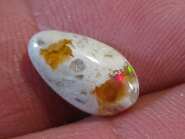 OpalWeb - NEW STOCK Mexican Opal - 2.60Cts.