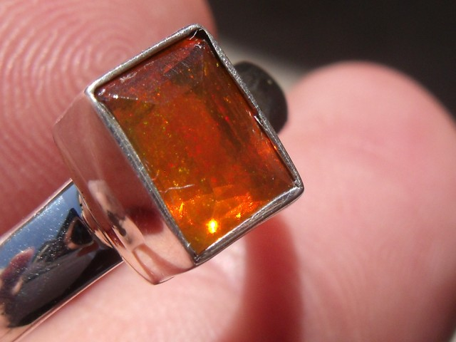 Bezel set Opal gem taxco silver ring sz 8.0