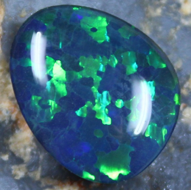 2.75 CTS TOP QUALITY OPAL TRIPLET FROM OLD MINERS COLLECTION C4290