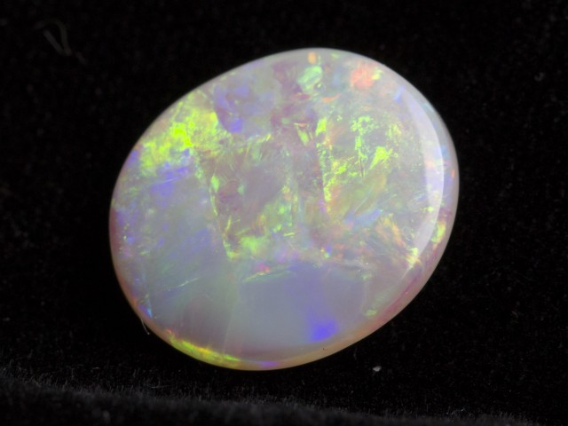 5.45ct Oval Broad Flash Crystal Opal (CY19)